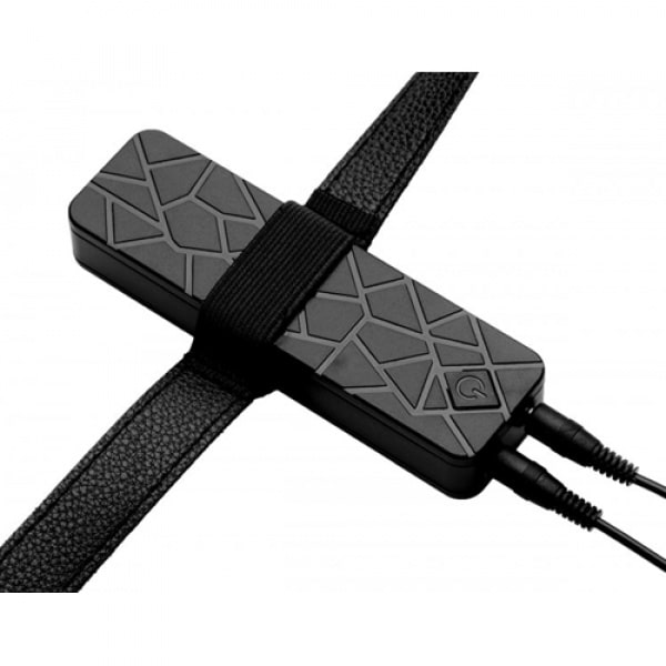 Power Pegger Dubbele Strap-On Vibrator Huidkleur Close Up